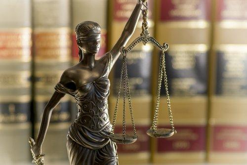 Illinois defense attorney, Illinois criminal lawyer, Illinois criminal law statutes